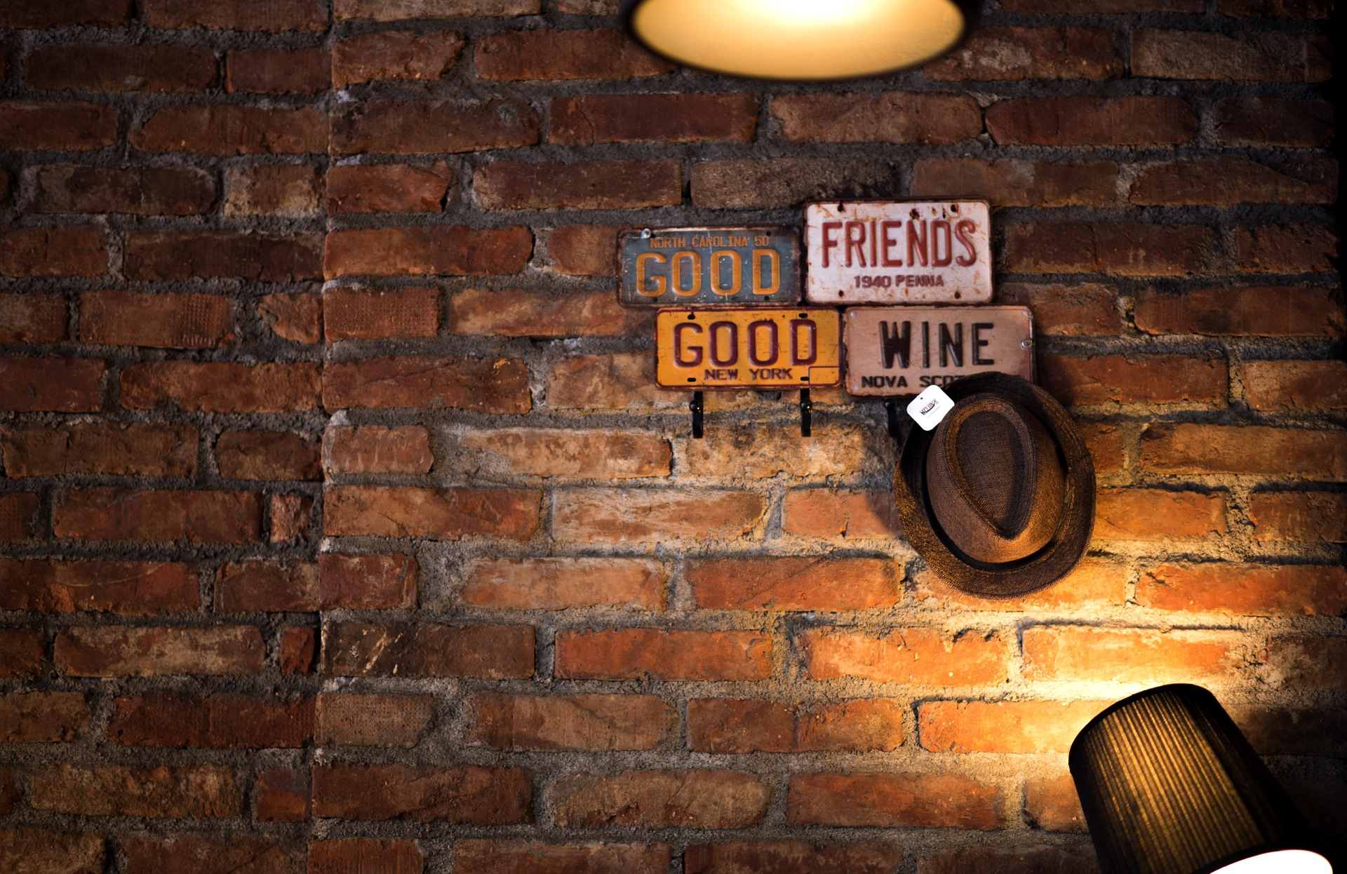 bricks-1519564_1920 (1)